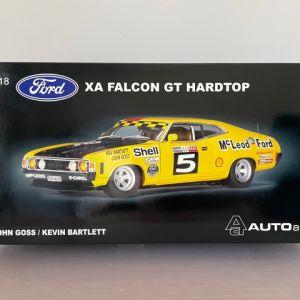 Ford XA Falcon GT Hardtop 1:18 Scale AUTOart John Goss/Kevin Bartlet